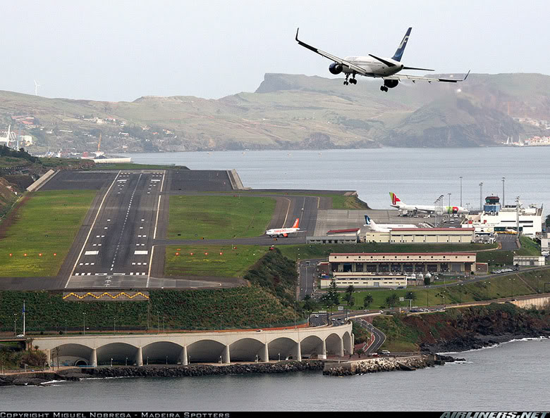 Аэропорт «Фуншал», остров Мадейра