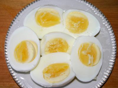 Фаршированные яйца в слоеном тесте0