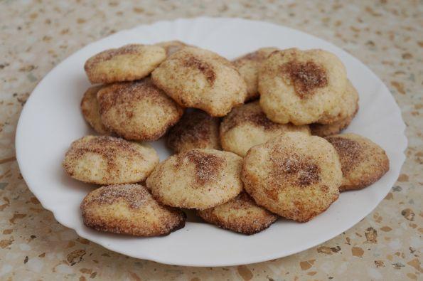 рассыпчатое печенье с корицей