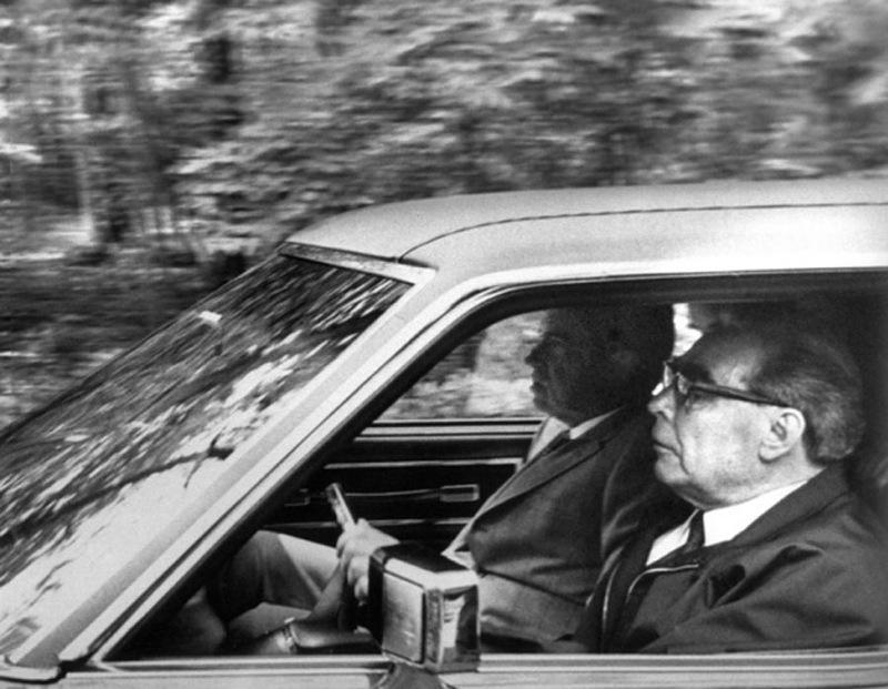 brejnev za rulem avtomobilia